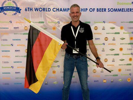 Philipp Ketterer bei der Weltmeisterschaft der Biersommeliers erfolgreich